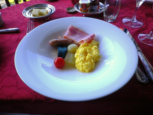 スクランブルエッグ+ベーコン+温野菜@蒲郡クラシックホテル 朝食