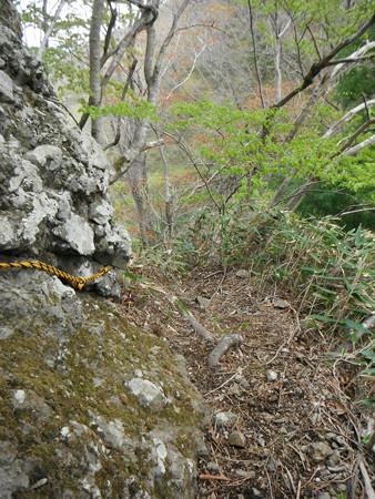 奥久慈篭岩山の鎖場