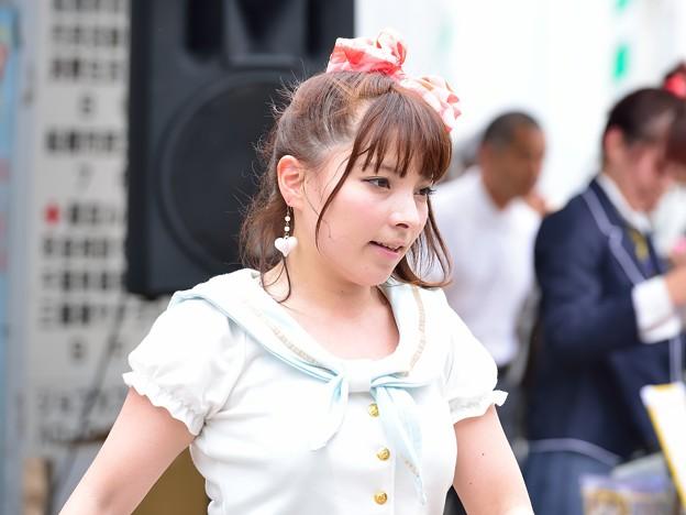Photos: 船橋駅前ストリートライブ ひとみさん